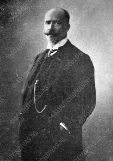 Arnold Spoel, bariton, dirigent, componist
