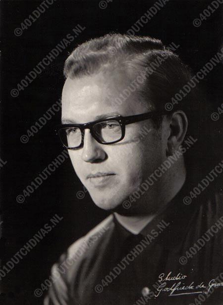 Gerard Krake, bas